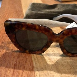 7ef3be737c9 Sonix Accessories - Sonix Tokyo Dream Tortoise Sunglasses